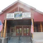 Photo de Geyser Grill at Old Faithful Snow Lodge