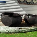 Whale cooking pots