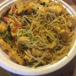 Singapore rice noodles (modified: without chicken, pork, shrimp or egg. Added tofu).