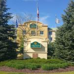 La Quinta Inn & Suites Milwaukee SW New Berlin