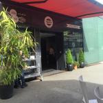 Neu in Baden, frische Burger an cooler Location!