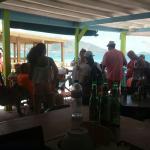 La gente de puerto rico les encanta venir Brothers Bar y restaurant en oriente beach