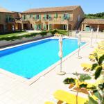l'Hôtel Terriciaë et sa piscine ouverte