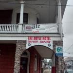 Photo de Doyle Hotel