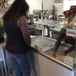 Great Kombucha, many delicious flavors, friendly service, and yummy ice cream (Dairy Free). Favo