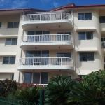 Charlton Apartments Photo