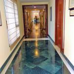 Lobby towards the rooms