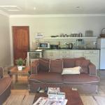 Open plan kitchen lounge area