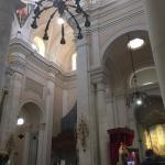 Santuario e Basilica di Bonaria Foto