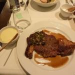 +€17のステーキ おおきい。shearした