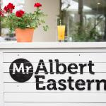Foto di Mr Albert Eastern