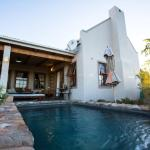 3 bedroom house at Karoo View Cottages private pool
