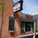 صورة فوتوغرافية لـ Fred's Tavern