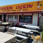 Foto de Chicken Lickin' Hickory House
