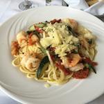 Pasta Sinatra. Portobello salad. Mozzarella /ham. Spaghetti / shrimp