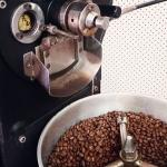 Specialty coffee from Sustainable small communities in Africa & Latin America roasted in small b