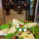 Foto de Tutto Bene Pizzeria & Fast Food - Lapad Bay