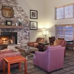 Photo de AmericInn Lodge & Suites Saugatuck - Douglas