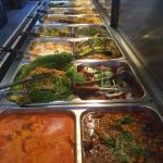 Tandoor India buffet - vegetarian, gluten free and halal meat options