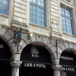 Cafe Leffe - Les 3 fûts - Place des Heros, Arras