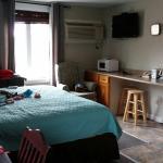 Midtown Motel & Suites Resmi