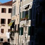 Photo de Venice & Venice