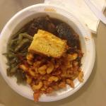 Jerk chicken, green beans, macaroni