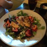 Bleu-Berry Hill Salad w/ Grilled Chicken Breast