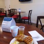 Breakfast at Quality Inn & Suites in Gettysburg