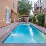 Hampton Inn New Orleans - St Charles Ave / Garden District