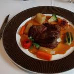 Viande rouge et petits légumes (la quantité et le goût sont là)