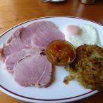 Light portion - Home baked ham, bubble & squeak, egg & chutney