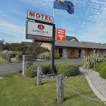 Photo de Admiral Court Motel & Apartments