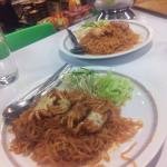 Spicy noodles with shrimps