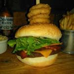 Black bean and walnut cheeseburger (vegan)