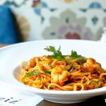 Spaghetti with Courgette and Prawns