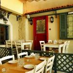 This way please, your table awaits you.Our courtyard!