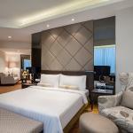 Club Junior Suite Room