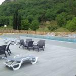 Très bon week-end entre amis, magnifique piscine moderne, personnel très accueillant et chaleure