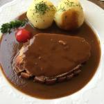 """Sehr gute """"gut Bürgerliche Küche"""", freundliche Bedienung und guter Service sowie gutes Preis-Lei"""