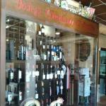 Vinoteca El Buchito
