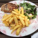 Lovely food the kids loved it as well also a bargain as kids eat for a quid on a Saturday
