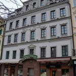 The Beautiful Queen Hotel Foto