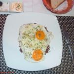 Fried eggs with rösti