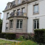Außenansicht der Villa Elyane