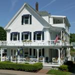 Harborage Inn on the Oceanfront, 75 Townsend Avenue, Boothbay Harbor, Maine