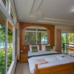 Family Bungalow - bedroom