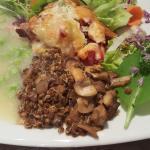 Gemüse mit Spargelschaum und Linsen