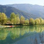 Reflets dans le lac