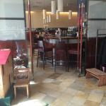 Sicht von der Rezeption auf die Bar